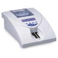 Máy phân tích nước tiểu 10-11-13 thông số URIT-50